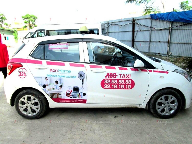 korihome quảng cáo trên taxi