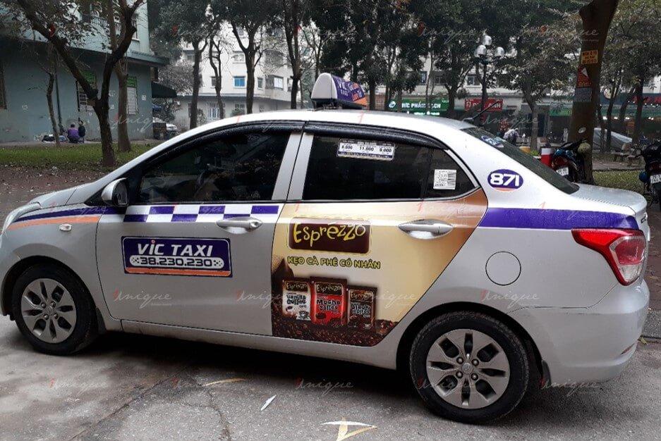 quảng cáo taxi vic