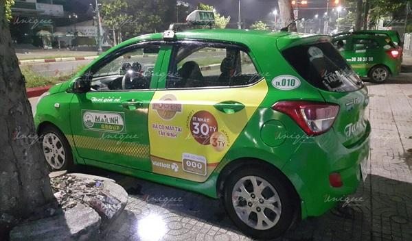 vietlott quảng cáo trên xe taxi